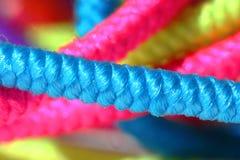 五颜六色的绳索 免版税库存照片