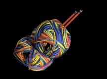 五颜六色的编织的纱线 图库摄影