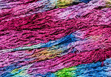 五颜六色的编织的纱线 免版税库存图片