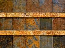 五颜六色的老石纹理墙壁 免版税图库摄影