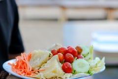 五颜六色的菜背景 新鲜水果静物画  免版税库存图片