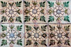 五颜六色的葡萄酒陶瓷砖。 免版税图库摄影
