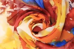 五颜六色的薄绢玫瑰华饰  免版税图库摄影