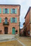 五颜六色的街道在鲁西永,普罗旺斯,法国 免版税库存照片