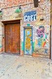 五颜六色的街道画艺术品在纽约 免版税库存图片