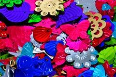 五颜六色的衣服饰物之小金属片 库存图片