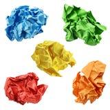 五颜六色的被弄皱的纸球 免版税库存照片