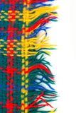 五颜六色的被编织的镶边围巾 免版税库存图片
