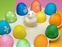 五颜六色的装饰的复活节彩蛋 免版税库存图片