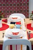 五颜六色的装饰的餐桌 库存图片
