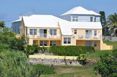 五颜六色的议院在百慕大 免版税图库摄影
