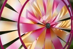 五颜六色的轮转焰火 免版税库存照片
