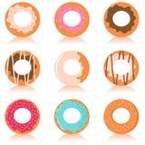 五颜六色的逗人喜爱的油炸圈饼 免版税图库摄影