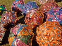 五颜六色的遮阳伞 图库摄影
