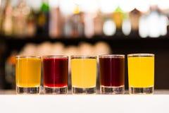 五颜六色的酒精射击 图库摄影