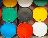 五颜六色的金属桶 库存图片