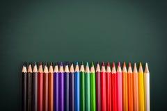 五颜六色的铅笔底下边界  库存照片