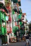 五颜六色的门面在Hondarribia 免版税库存照片