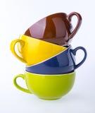 五颜六色的陶瓷杯子 库存图片