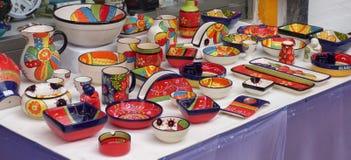 五颜六色的陶瓷 免版税库存图片
