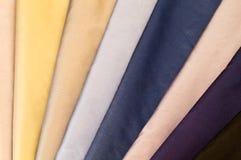 五颜六色的集纺织品 免版税库存照片