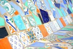 五颜六色的马赛克长凳 免版税库存图片