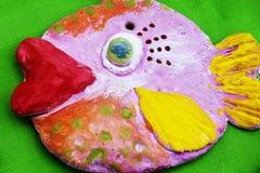 五颜六色的鱼装饰物 免版税库存图片