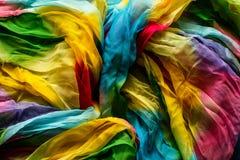 五颜六色的围巾背景 图库摄影