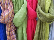 五颜六色的围巾 图库摄影