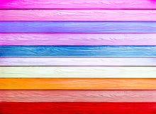 五颜六色的水平的木纹理 免版税图库摄影