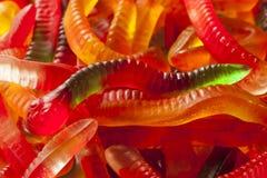 五颜六色的水果的胶粘的蠕虫糖果 免版税图库摄影