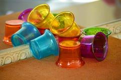五颜六色的玻璃杯子 免版税图库摄影