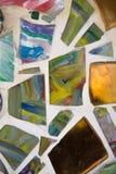五颜六色的玻璃马赛克艺术和抽象墙壁 免版税库存图片