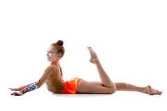 五颜六色的紧身连衣裤的舞蹈家女孩 图库摄影