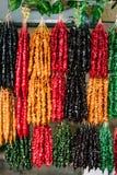 五颜六色的Churchkhela是一个传统英王乔治一世至三世时期香肠形的糖果 免版税库存照片