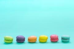 五颜六色的macarons 免版税库存图片