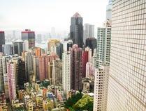 五颜六色的sckycrapers在香港 免版税库存图片