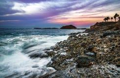五颜六色的sunrisein拉古纳海滩 库存照片