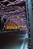 五颜六色的Waibaidu桥梁夜场面  库存照片