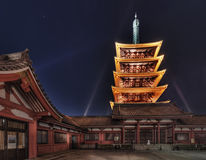 五Senso籍寺庙的,浅草,东京,日本传说上有名塔 库存照片