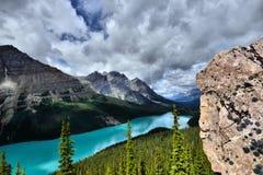 亚伯大banff加拿大湖找出国家公园peyto 免版税图库摄影