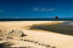 亚伯海滩飞行国家公园含沙tasman 库存照片