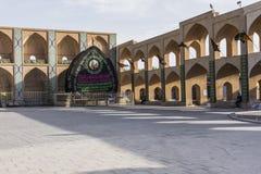 亚兹德,伊朗- 2016年10月07日:装饰品和细节在faca 免版税库存图片