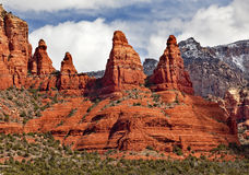 亚利桑那峡谷madonna尼姑岩石sedona 免版税库存照片