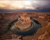 亚利桑那弯峡谷严重的马掌 库存图片