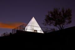 亚利桑那搜索金字塔s坦佩坟茔 免版税库存照片