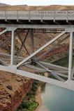亚利桑那桥梁峡谷大理石那瓦伙族人 免版税库存照片