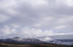 亚利桑那沙漠山在冬天 库存图片