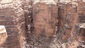 亚利桑那,一点科罗拉多峡谷,在小的科罗拉多里面的几岩层狼吞虎咽 股票视频