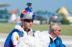 亚历克斯Nicolau - RedBull跳伞运动员 免版税图库摄影